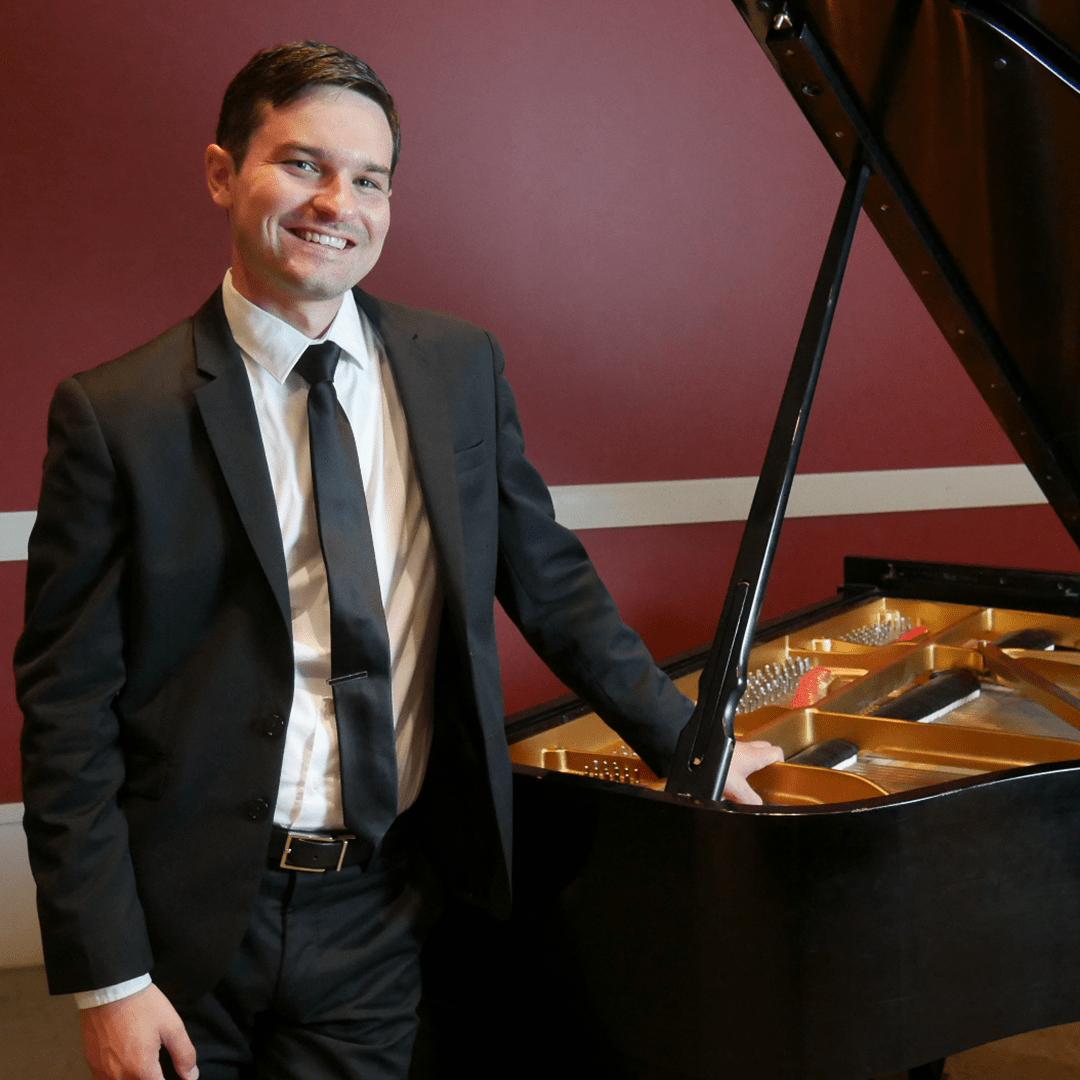 William Perry - Pianist